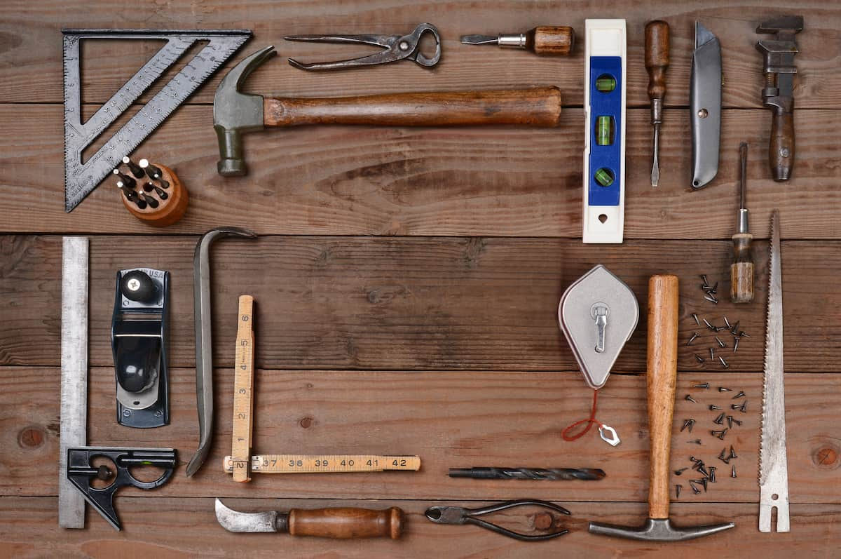 best tools for construction contractors